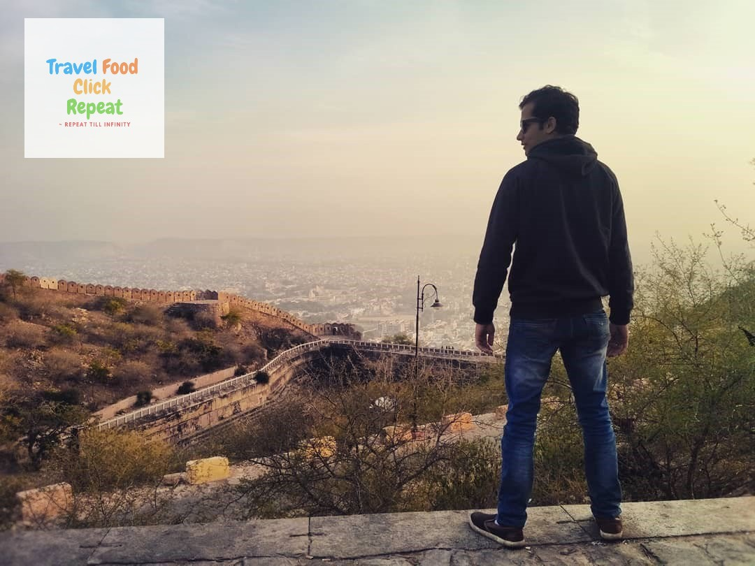 Shubham-Jain-standing-on-a-wall-of-Back-side-of-Nahargarh-Fort